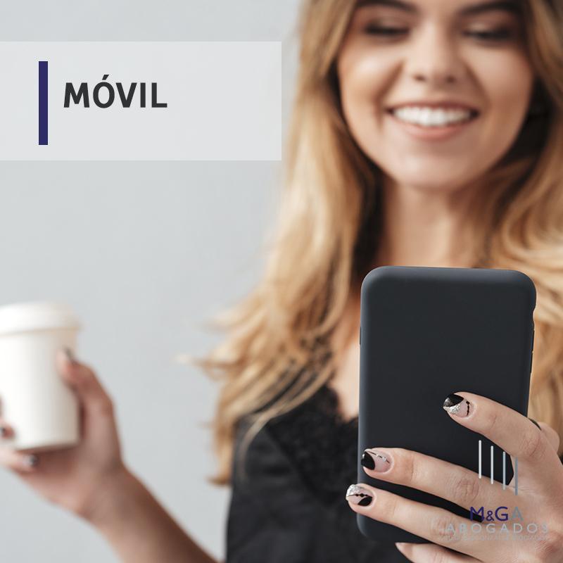 Un establecimiento paga 22.000 euros por vender un móvil con fotos de la usuaria anterior